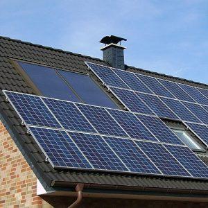 Panneaux solaires maison